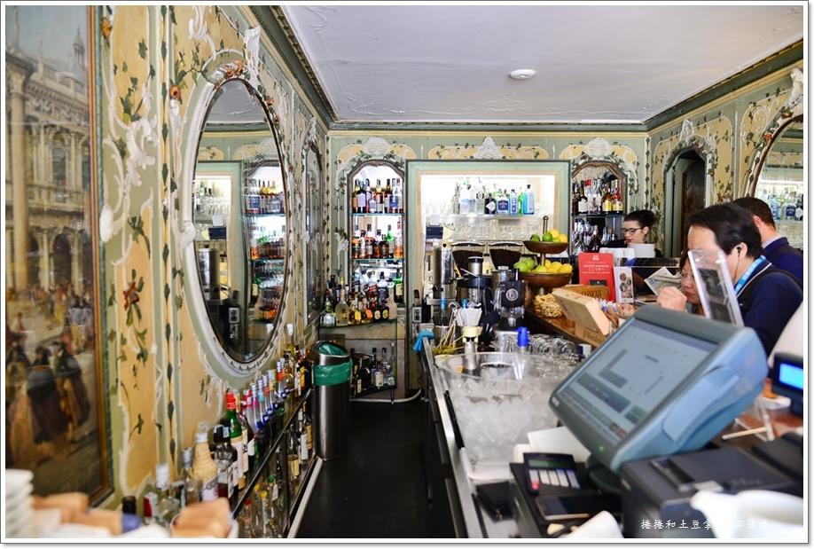 聖馬可廣場咖啡店15.JPG