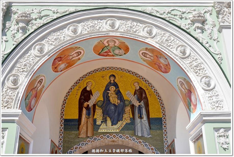 聖三一修道院-4.JPG