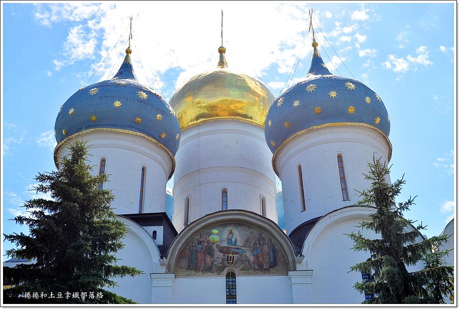 聖三一修道院-18.JPG