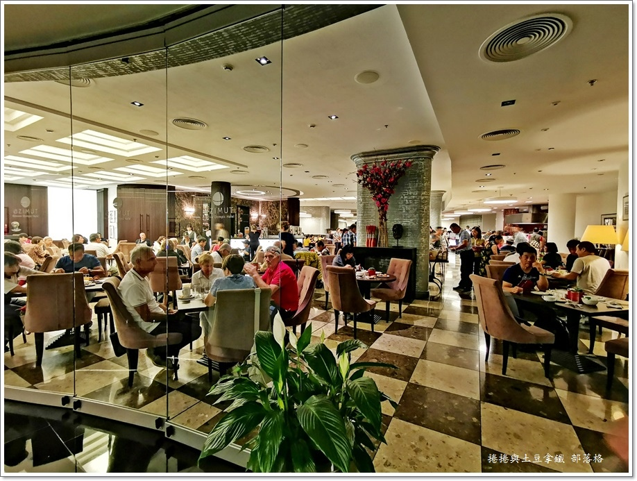 莫斯科飯店早餐02.jpg