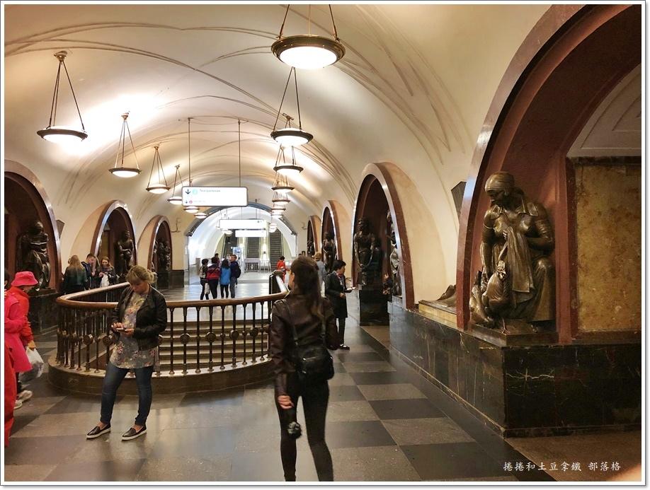 莫斯科地鐵09.JPG