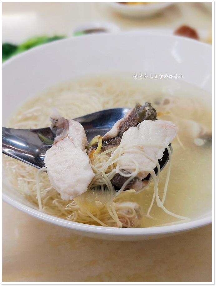 品深海魚湯建國店-3.jpg