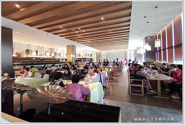 金湖飯店早餐-1.jpg