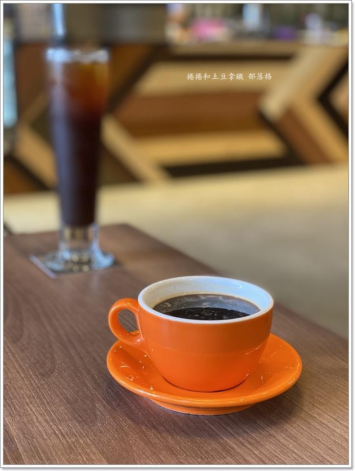 黑浮咖啡21.JPG