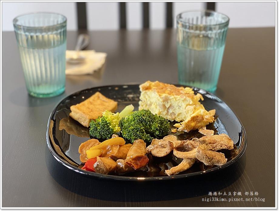 無言草食蔬食自助餐17.JPG