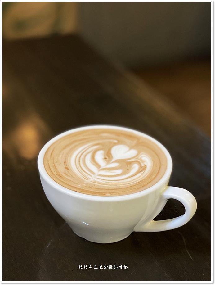 諾曼底咖啡泰式創意料理-10.JPG