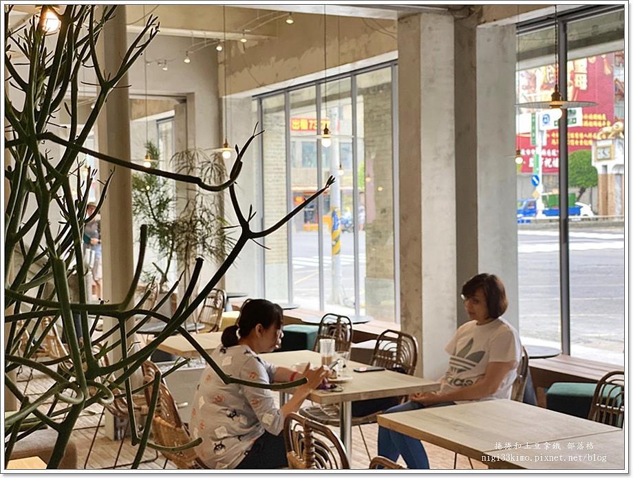 驛前大和咖啡館19.JPG