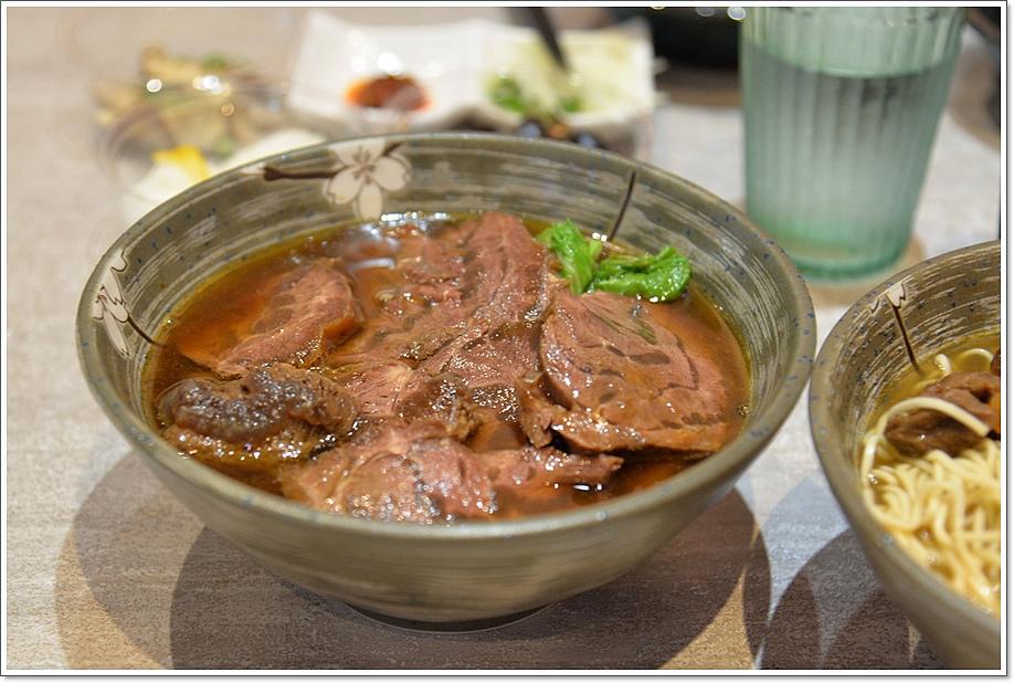 真男饌牛肉麵21.JPG