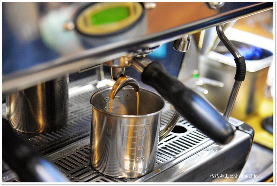 謎思咖啡-2.JPG