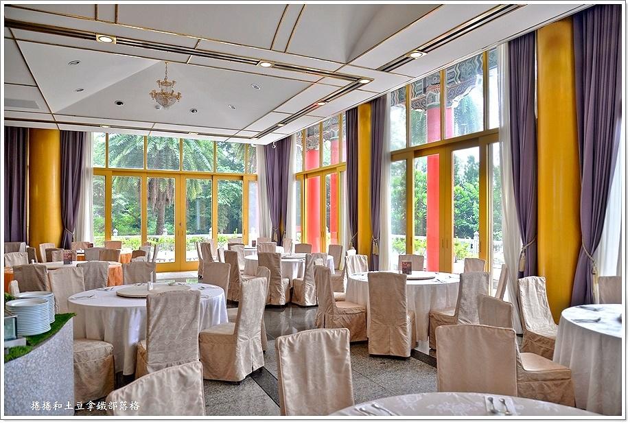 圓山飯店泰式自助餐-2.JPG