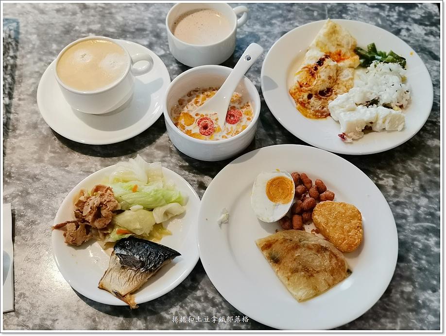板橋卡撒大飯店早餐-2.jpg
