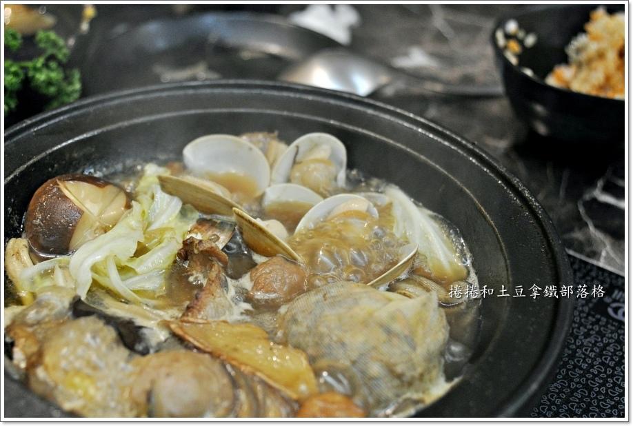 嗑肉石鍋00019.JPG