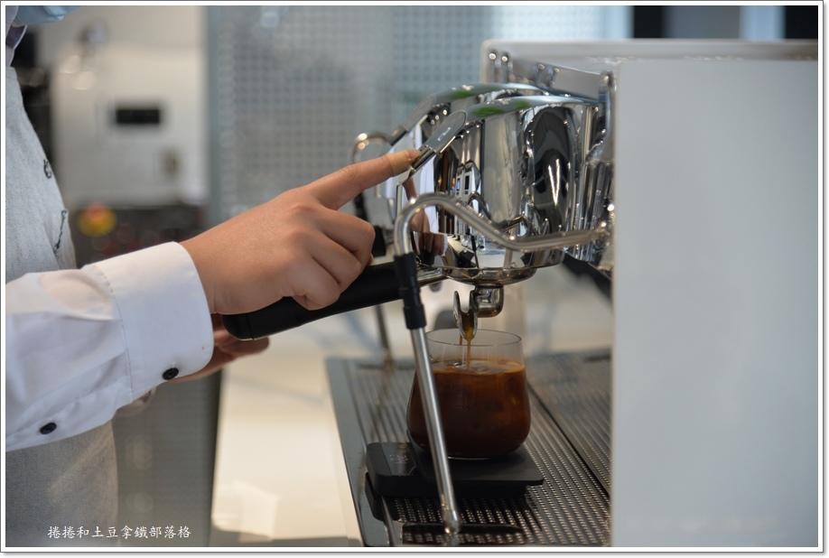 誠十咖啡-7.JPG