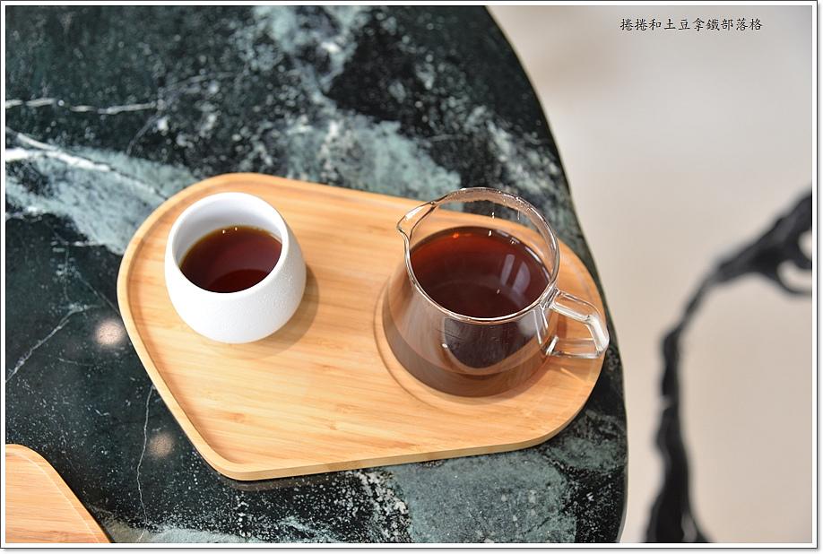 誠十咖啡-42.JPG