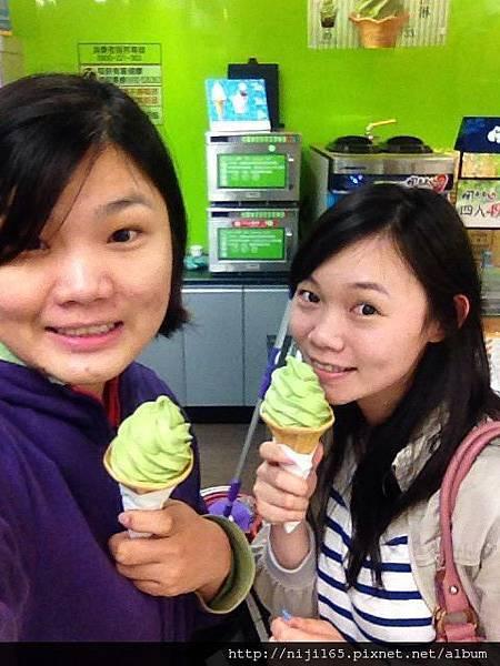 0430_全家抹茶限定冰淇淋