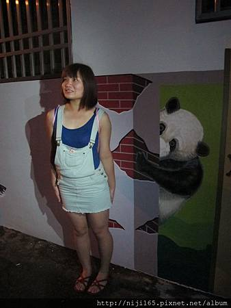 0810_石龜溪彩繪熊貓