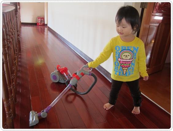 小人用小吸塵器超級可愛!!!