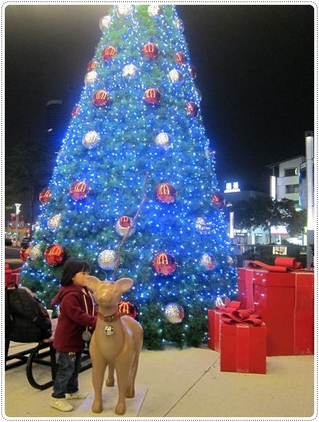 這才是我們要的耶誕樹!