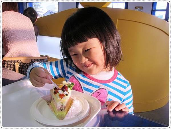 這小孩是蛋糕控