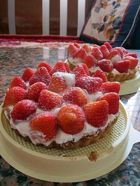 姊姊買的梅笙草莓派
