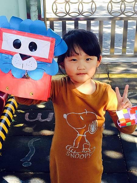 紙袋玩偶跟創意口罩