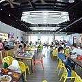 整個用餐區跟遊戲區都是同一層視線開闊