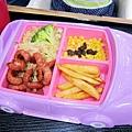 兒童餐還有炒飯的選擇,這個吃比較飽!