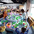 超級吸引人的玩水區!