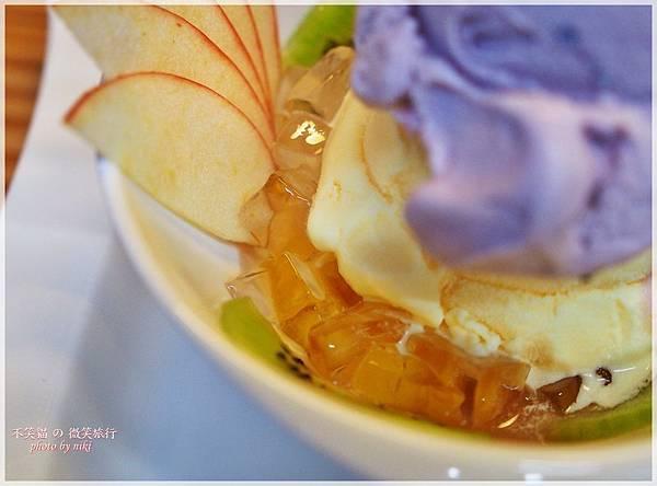 恆春墾丁甜點美食_歐戀冰品洋蔥冰淇淋