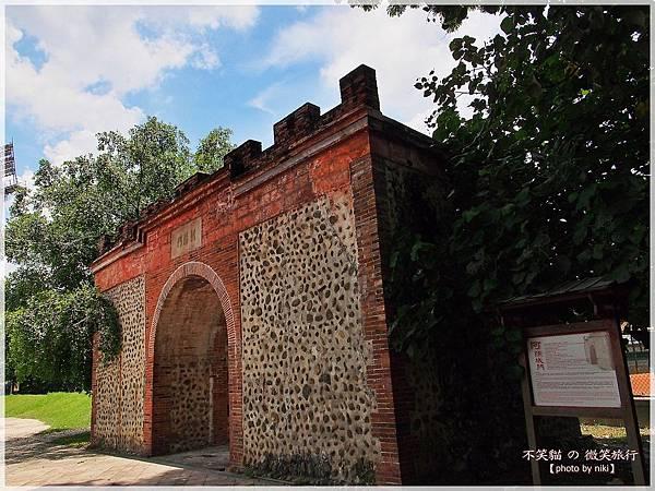 屏東市旅遊景點古蹟_阿猴城門(朝陽門)