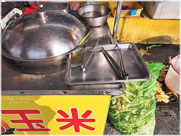 屏東旅遊美食_潮州圓環烤玉米.地瓜餅炸黑輪臭豆腐