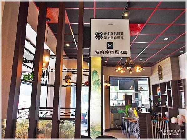 屏東市美食旅遊_百元異國料理套餐.艋飯海南雞飯