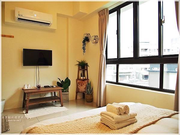 台南旅遊住宿_台南海安藝術公寓