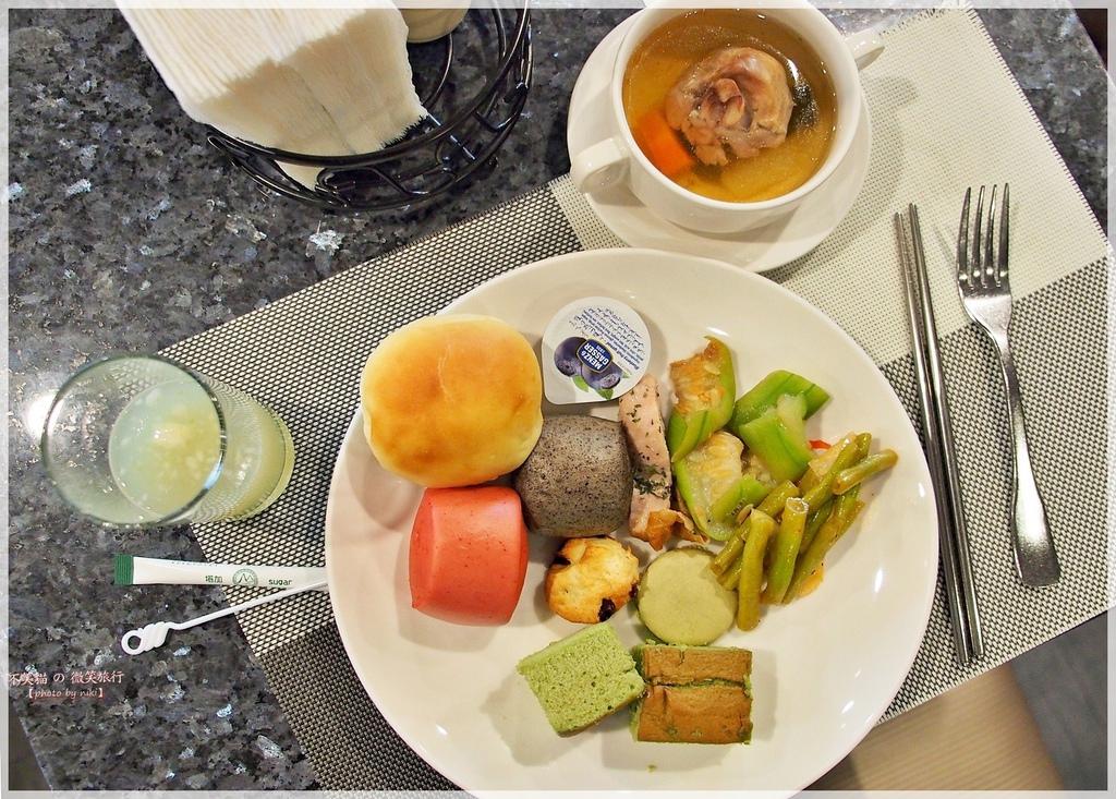 台東旅遊住宿推薦_翠安儂風旅Hotel De TRIANON藍帶甜點餐酒館