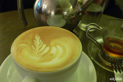 20110213_ECOLE Cafe-7.JPG