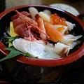 松島-生魚片丼飯.jpg