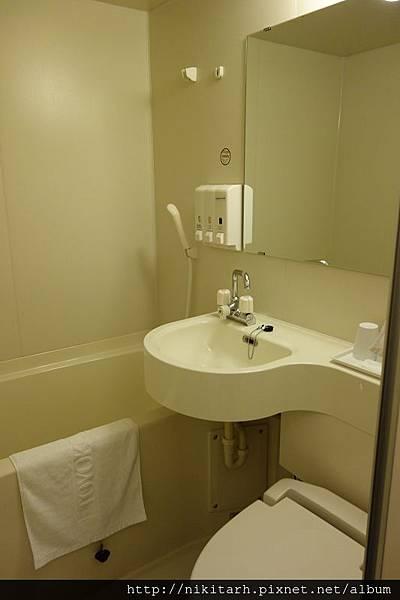 弘前東横INN-浴室.jpg
