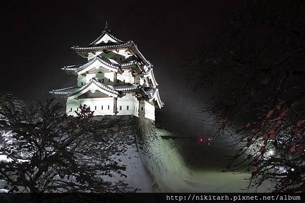 弘前雪燈籠-弘前城1.jpg