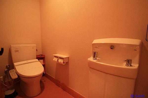 銀山莊_8廁所.jpg
