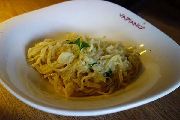 VIPIANO_D橄欖油清炒香蒜.jpg