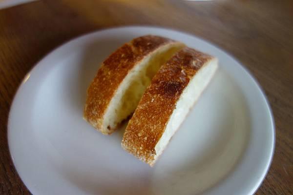 VIPIANO_E麵包.jpg