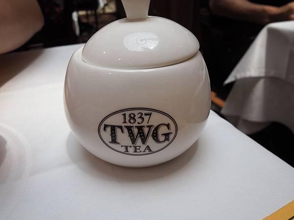 TWG80076.jpg