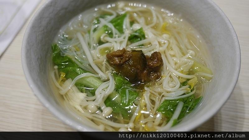 冠翔世紀溫泉會館朝日餐廳 (59).JPG