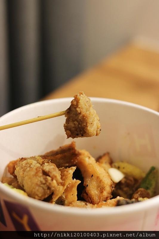 基隆廟口鹹酥雞 (36).JPG