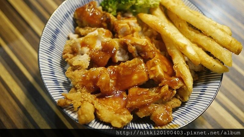 燒肉丼飯 (11).JPG