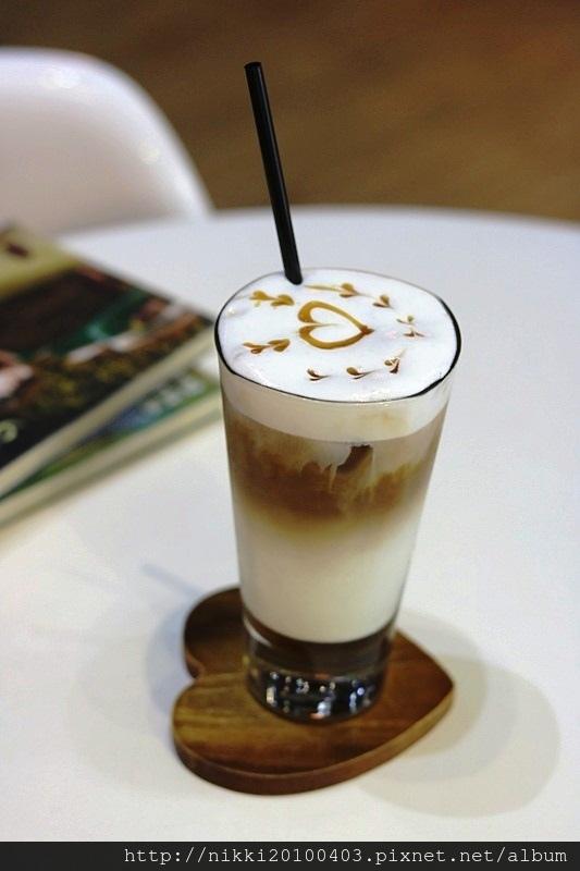 S one Cafe (49).JPG