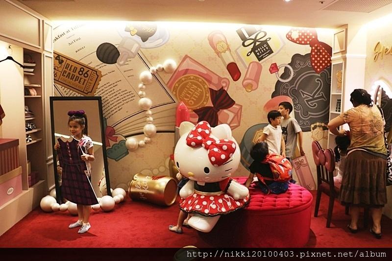 Hello kitty美式餐廳 (8).JPG