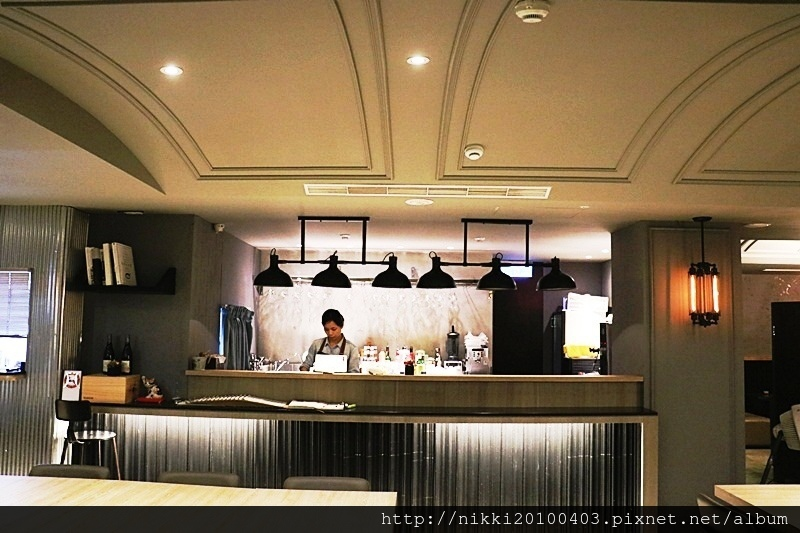 JE Kitchen (4).JPG