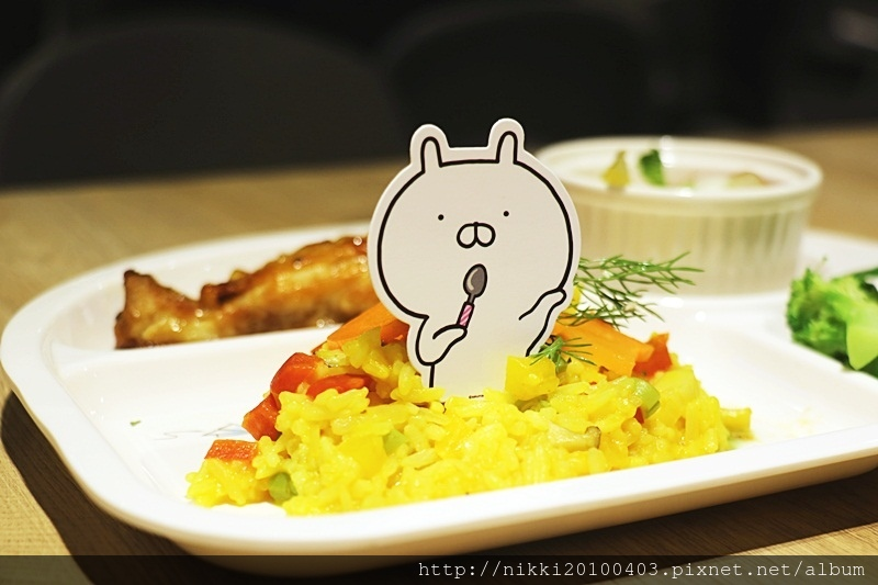 兔丸USAMARU X 頑食概念餐廳 Foodplay 信義誠品店 (30).JPG