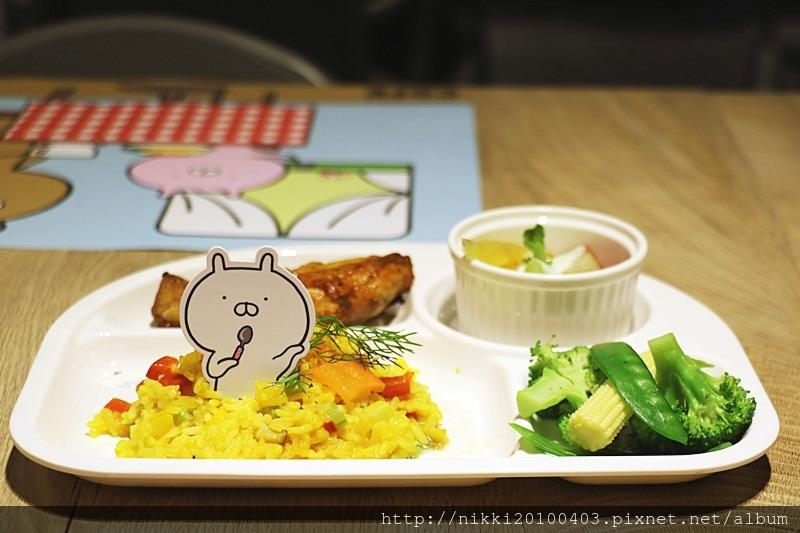 兔丸USAMARU X 頑食概念餐廳 Foodplay 信義誠品店 (32).JPG